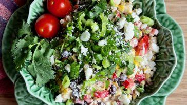 Salad ngô rang Mexico với đậu đen
